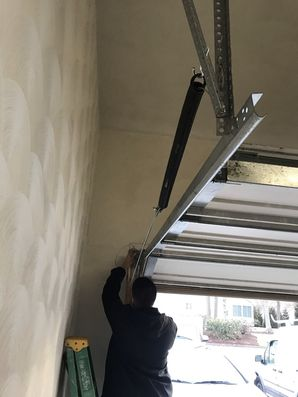 Garage Door Repair in Warwick,  RI (2)